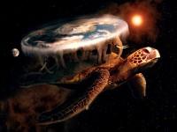Terry Pratchetts verden Discworld balancerer på ryggen af fire kæmpe elefanter, som står på ryggen af en endnu større skildpadde, som svæver gennem universet.